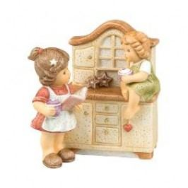 Goebel Nina & Marco - Christmas bakery In the kitchen it will be baked - Limited edition 1.999 pieces with the music 'Oh Du Fröhliche', h: 12 cm